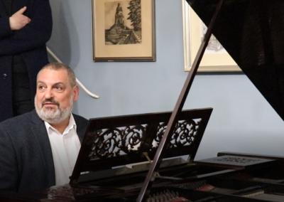 Klavier Atelier a